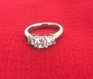 GIA certified - Canturi 18ct White Gold Diamond Ring 1.42 carat New Farm Brisbane North East Preview