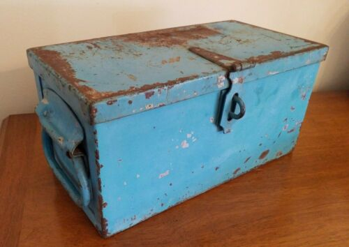 """ANTIQUE THICK HEAVY STEEL 12 1/2"""" STRONG BOX WELL CONSTRUCTED"""