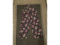 Size 10 wide leg flowery trousers