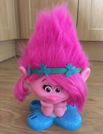 Trolls Princess Poppy Styling Head