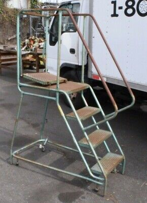 Rolling Step Ladder 4 Step Steel 38 Tall At Highest Step 20 Width
