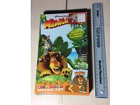 DreamWorks Madagascar & Dragons Children Kids Fun Art Sticky Pics Game Play