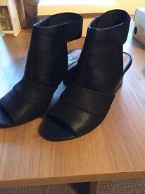 Size 7 Wallis Leather Shoes