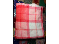 Large Pink and Small white winter throw