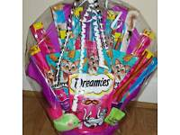 Treat bouquet for cats