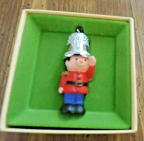 HALLMARK CHRISTMAS ORNAMENT.  SOLDIER BOY WITH THIMBLE HAT...NEW IN BOX.