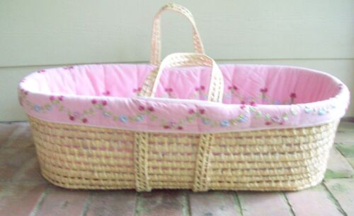 Large Moses Basket Baby Carrier Bassinet Needlework  Ribbon Roses Pink Bed 32 in