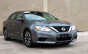 2016 Nissan Altima 2.5 SR MP3, auxiliary input jack, bluetoot...