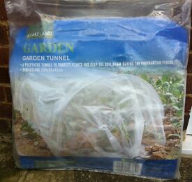GARDEN GROW TUNNEL CLEAR POLYTHENE 3M LONG ( NEW, UNUSED ) - bargain