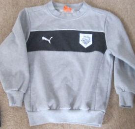 PRESTON NORTH END FC Childrenswear, ages Newborn, 0-6m, 5-6 and 7-8.