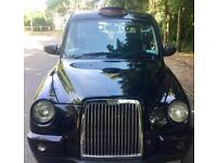 LONDON TAXI TX4 BLACK NO ADS , SILVER MODEL 11 MONTHS LONDON PLATE