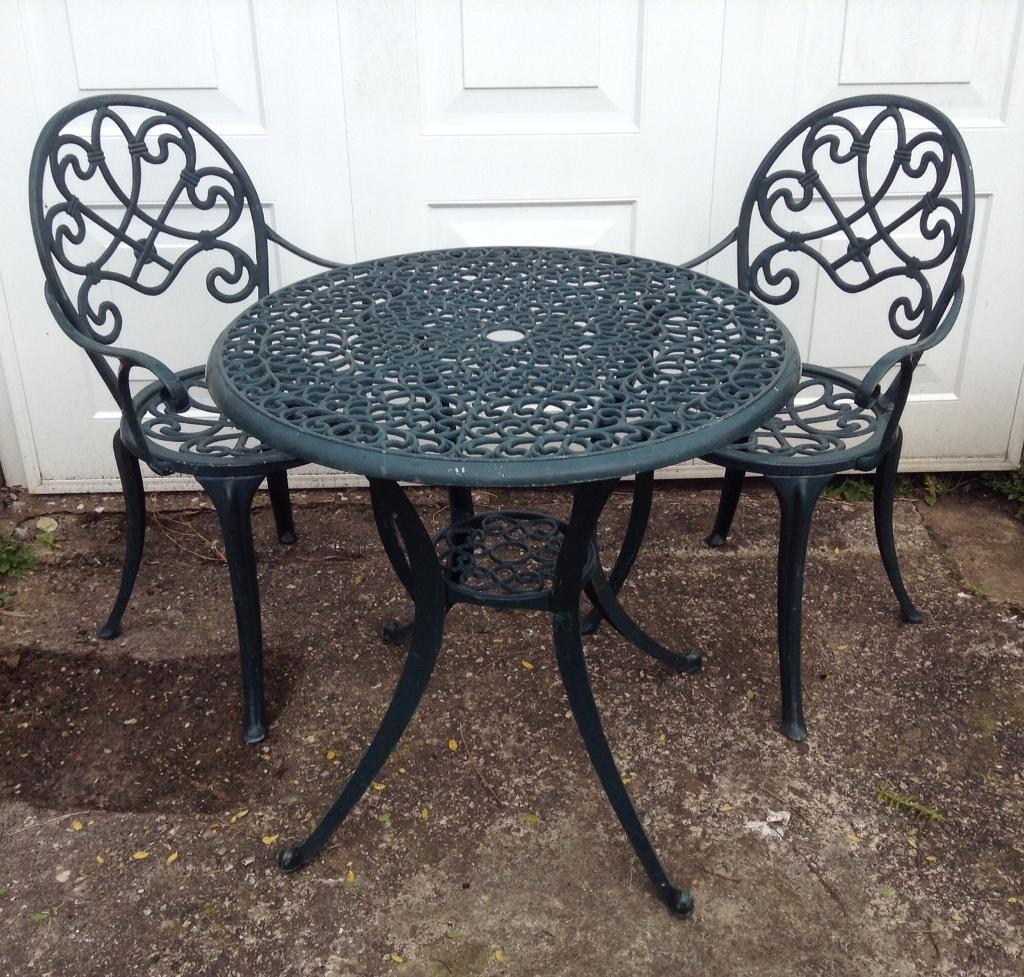 Pretty Cast Aluminium Patio Garden Table And Chairs Set Dark Green 2