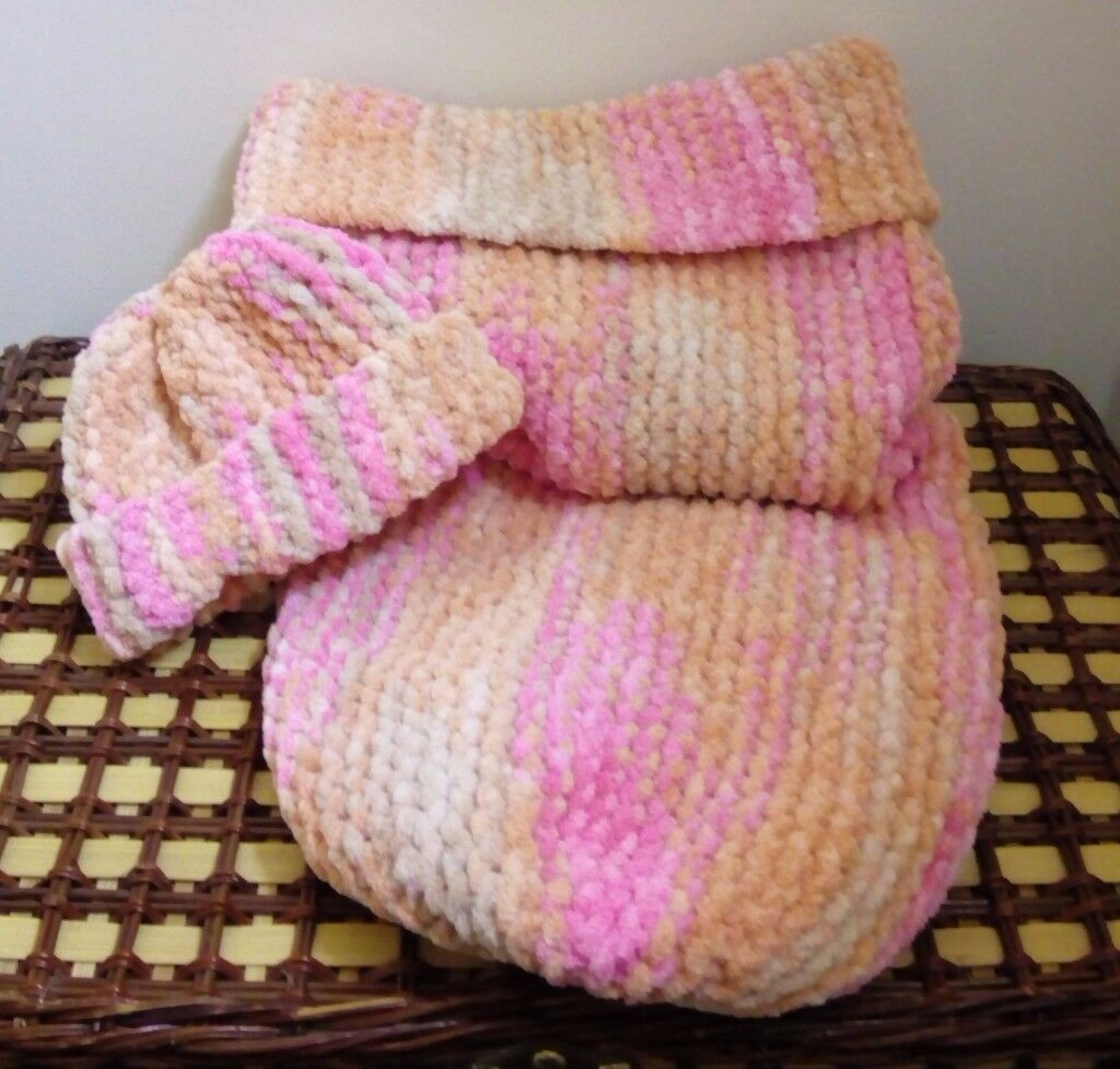 Handmade Baby Cocoon and Beanie Hat