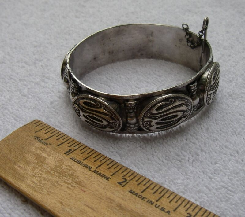 Nice NORTH AFRICAN French Made ARABIC 800 SILVER BRACELET-Hinged Bangle