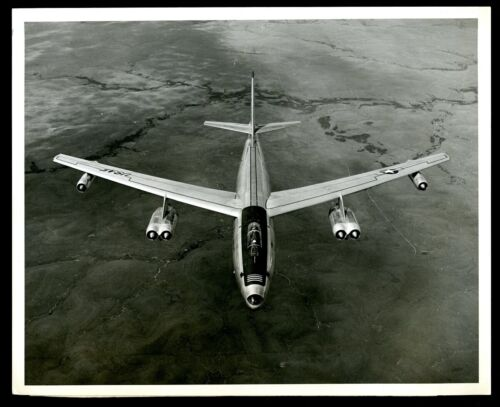 Vintage B&W Aircraft Photo RB-47E STRATOJET | US AIR FORCE BOEING Photo 1955