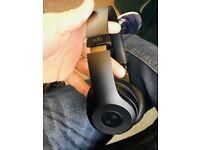 Beats solo 3 wireless headphones 🎧