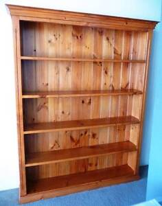Classic High Quality Pinex Standard Seasoned Timber Bookcase Drummoyne Canada Bay Area Preview