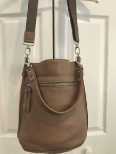Women's Roots Leather Bag