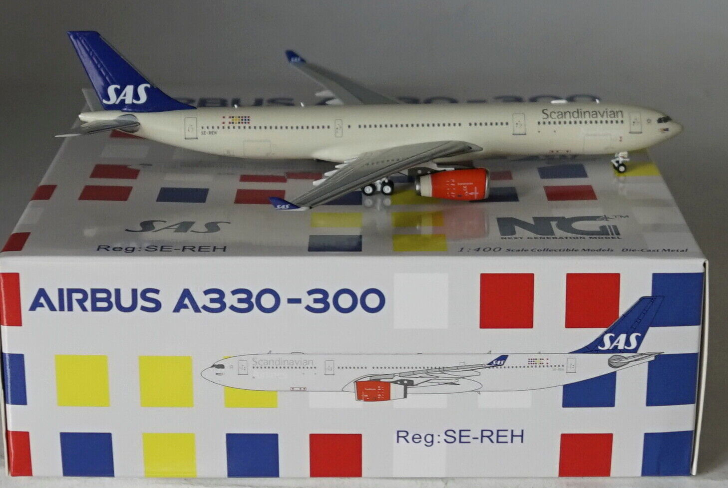 PANDA BOX19004 Airbus A321-231 S7 Siberia Airlines VQ-BDB in 1:400 scale WL