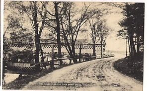 B-W-COVERED-BRIDGE-over-OTTER-CREEK-VERMONT-UNUSED-POSTCARD-Vintage-FREE-SHIP