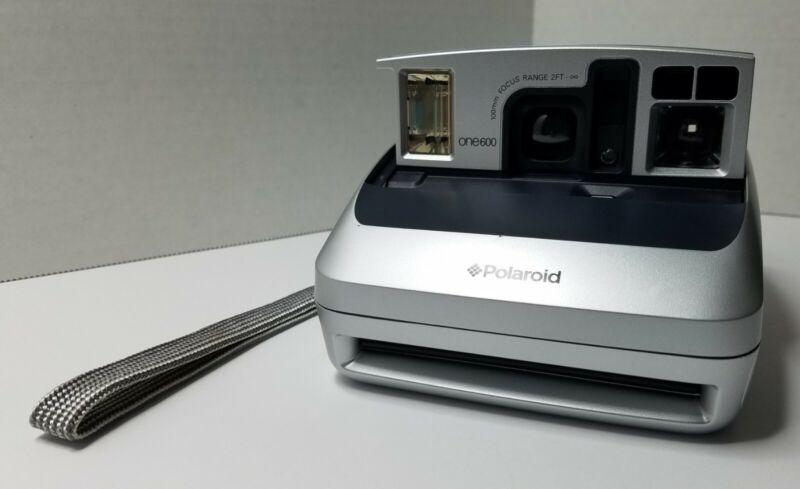 Polaroid One600 Instant Film Camera Silver