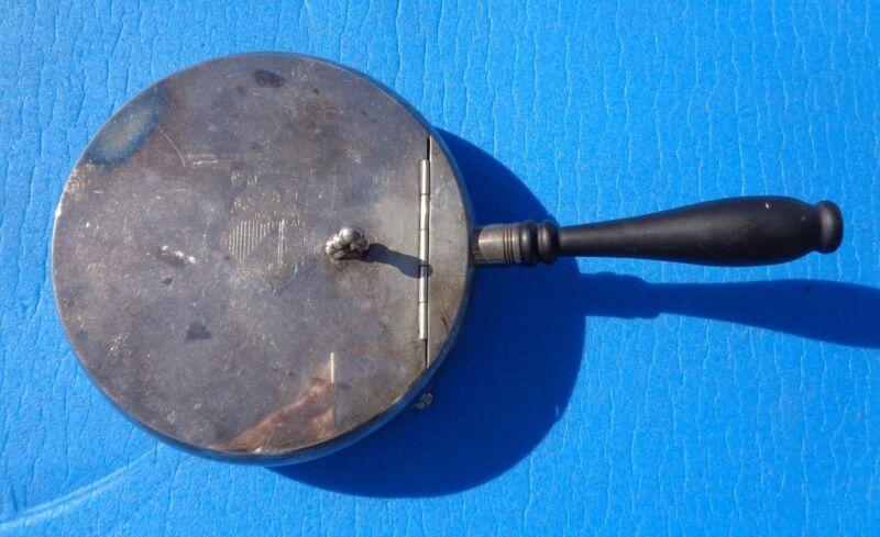 Silent Butler Crumb Catcher Oneida Silversmith Silverplate 1940