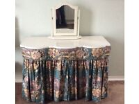 Vintage shabby Chic Dressing table with Mirror