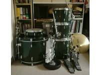 Pearl Export drumkit, cymbals and double bass pedal