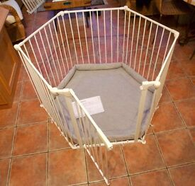 Playpen by Baby Dan