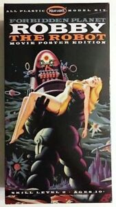 Forbidden Planet - Robby the Robot and Altaira Movie Poster Edition Model Kit