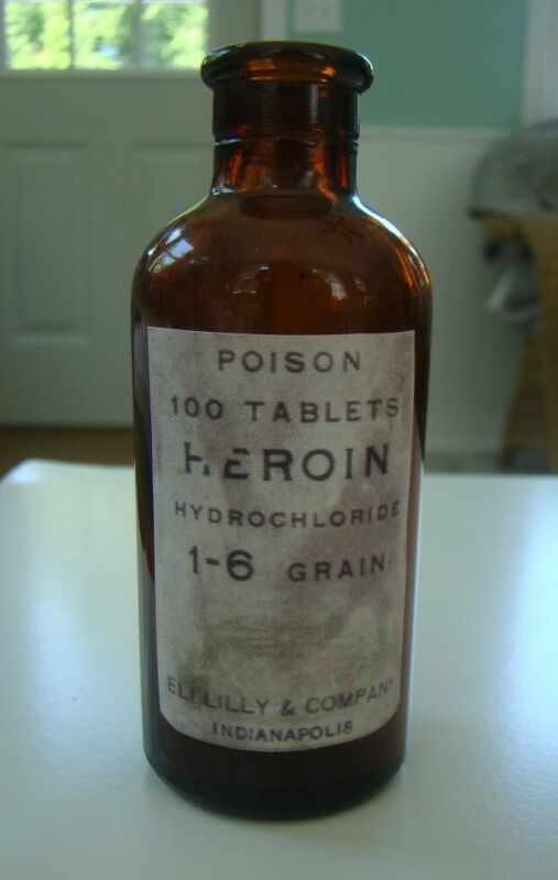 Eli Lilly & Company Heroin Hydrochloride-100 Tablets-Poison Reproduction Bottle