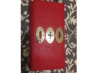 Red mulberry purse