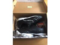 Black Sondico AstroTurf boots (size 11)