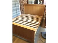 Beautiful oak king size bed frame, excellent condition, no offers