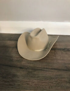 8565c66e458c34 Cowboy Hats   Kijiji in London. - Buy, Sell & Save with Canada's #1 ...