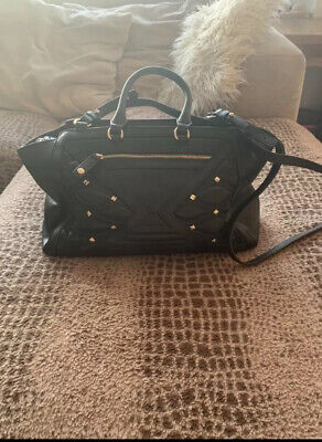 Womens Versace handbag - Used once - Excellent Condition