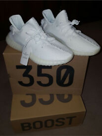 Yeezy Boost Triple White 350 Adidas Yeezys