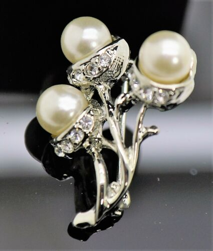 3 pc Simply style white pearl & clear color fashion jewelry Brooch Pin lot #D252