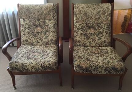 2 x Parker Lounge Chairs Roselands Canterbury Area Preview