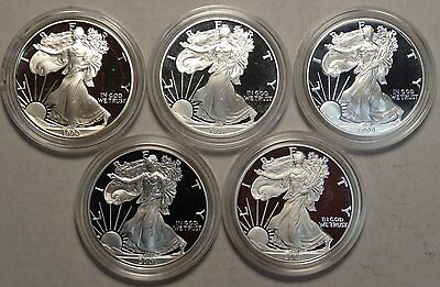 Lot of Five Proof Silver Eagles, Mixed Date 1990 to 2007    0526-02