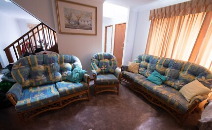 Cane Lounge Set Menai Sutherland Area Preview
