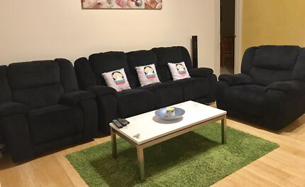 RECLINERS SUITE- including 4 recliners