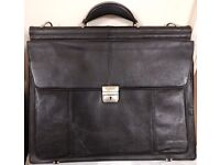 Dicota upto 17 inch faux leather laptop bag - Excellent Condition!!!