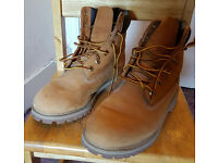 ladies shoes and Boots size 6