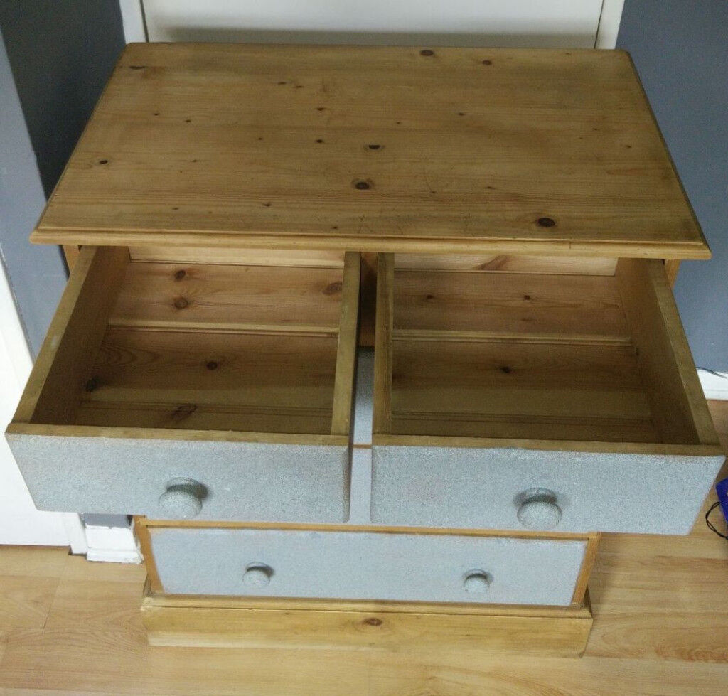 CHEST OF DRAWERS - TO GO ASAP
