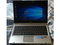 Fast HP Elitebook 2560p Intel core i7 2.70ghz, 4gb laptop. VGC