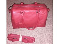 2 Handbags for Sale in Very Good Condition