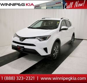 2017 Toyota RAV4 LE *MB Vehicle! No Accidents!*