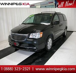 2015 Chrysler Town & Country Touring *No Accidents, Stow & Go 2n