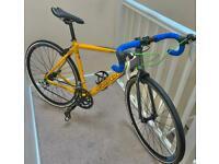 ✅ yellow/grey 50 cm alloy medium adults 18 speed refurbish Carrera TDF Road bicycle📲